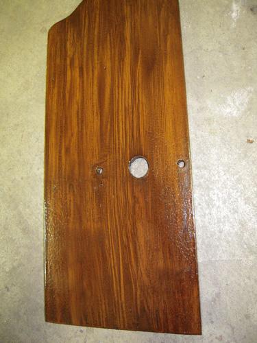 Gehäuseplatte restauriert mit Holzmalerei