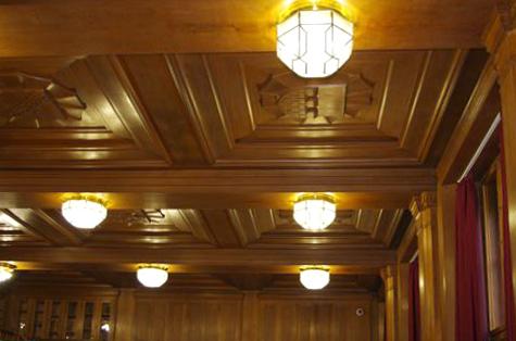 Restaurierung der Deckenlampen im hist. Lesesaal des Hauptstaatsarchives Dresden