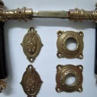 Türbeschläge Türklinken restaurieren aufarbeiten